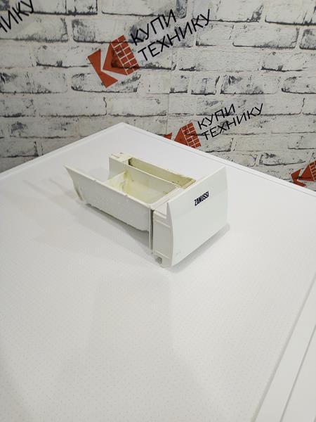 Лоток (порошкоприемник) для стиральной машины Zanussi 1506533