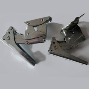 Петли для холодильника Gorenje 331781 (верхняя правая, нижняя левая) Hettich