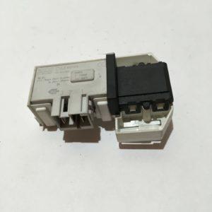 Блокировка дверцы люка (замок) для стиральной машины Ariston FTCO 97B 6H