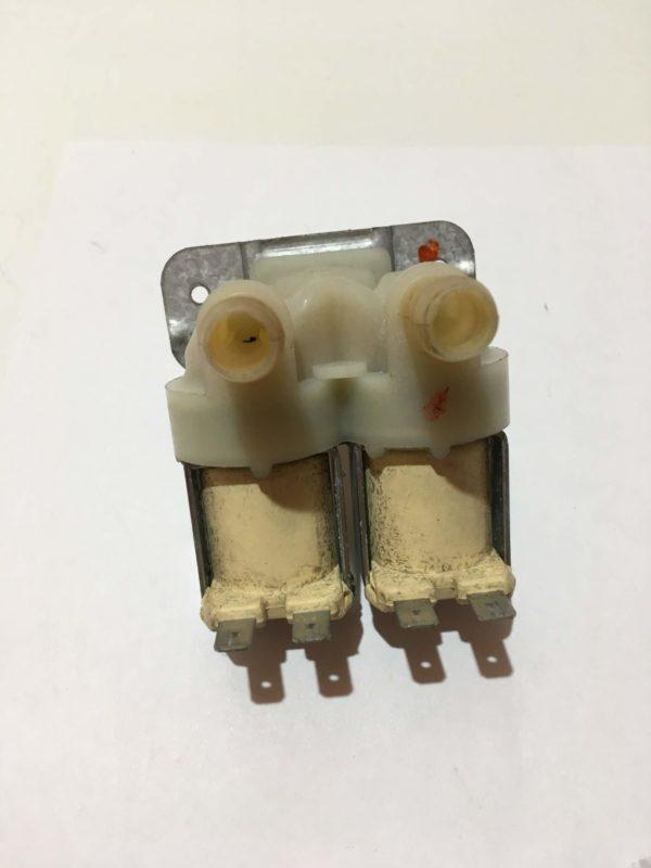 Заливной клапан для стиральной машины Indesit WIUN 81