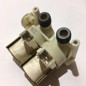 Б/У Клапан (электромагнитный) подачи воды для стиральной машины Ariston AVSL 109R