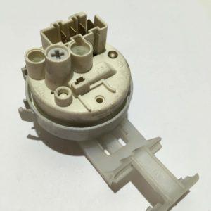 Датчик уровня воды (прессостат) для стиральной машины Ariston AASL 100