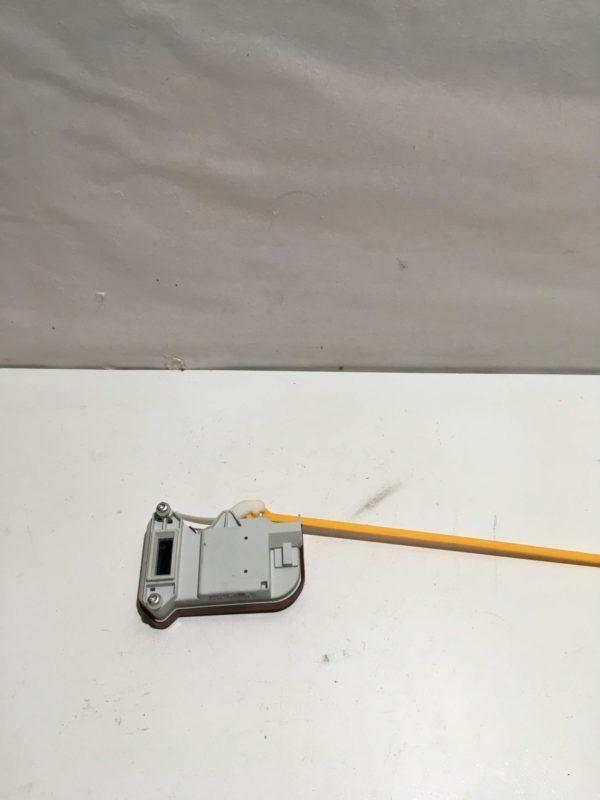 Замок дери люка (УБЛ) для стиральной машины Miele W4466