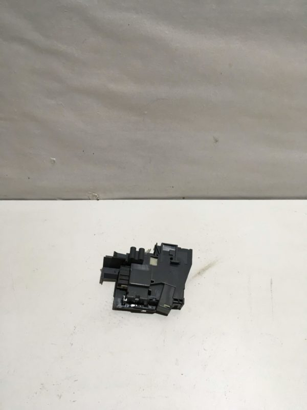 Блокировка дверцы люка (замок) для стиральной машины Whirlpool AWE6314/1