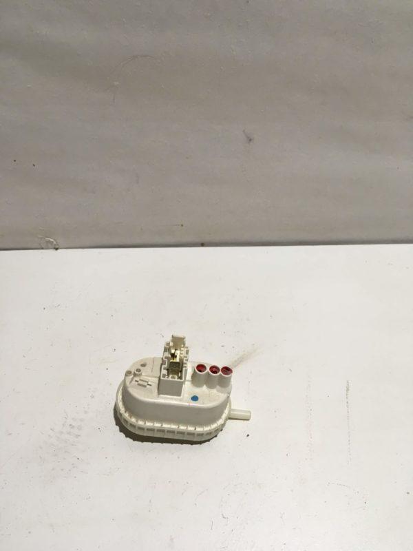 Датчик уровня воды (прессостат) для стиральной машины Whirlpool AWE6514/1