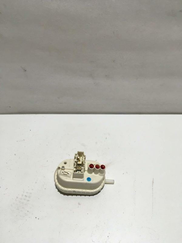 Прессостат для стиральной машины Whirlpool AWE6316/1