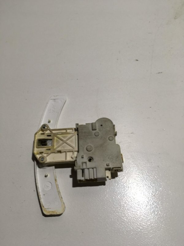 Замок дверцы люка (УБЛ) для стиральной машины AEG 111810