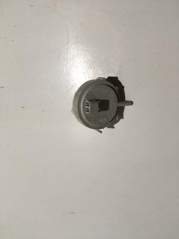 Датчик уровня воды (прессостат) для стиральной машины Electrolux EWI 1235