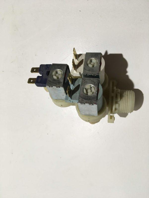 Заливной клапан для стиральной машины Candy W264D