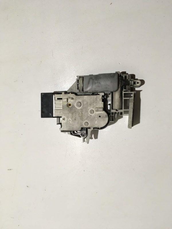 Блокировка дверцы люка (замок) для стиральной машины Ariston AQS185
