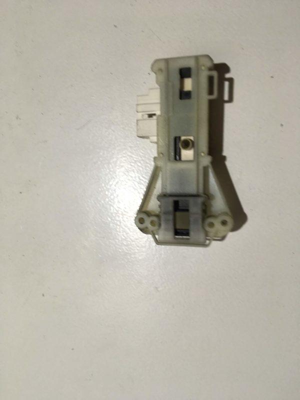 Блокировка дверцы люка (замок) для стиральной машины Indesit WIUN81