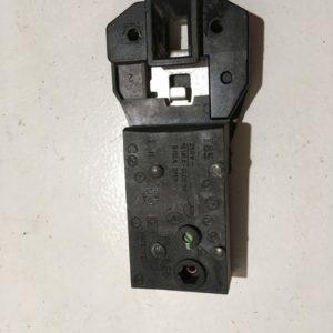 Блокировка дверцы люка (замок) для стиральной машины Bosch WMN1600