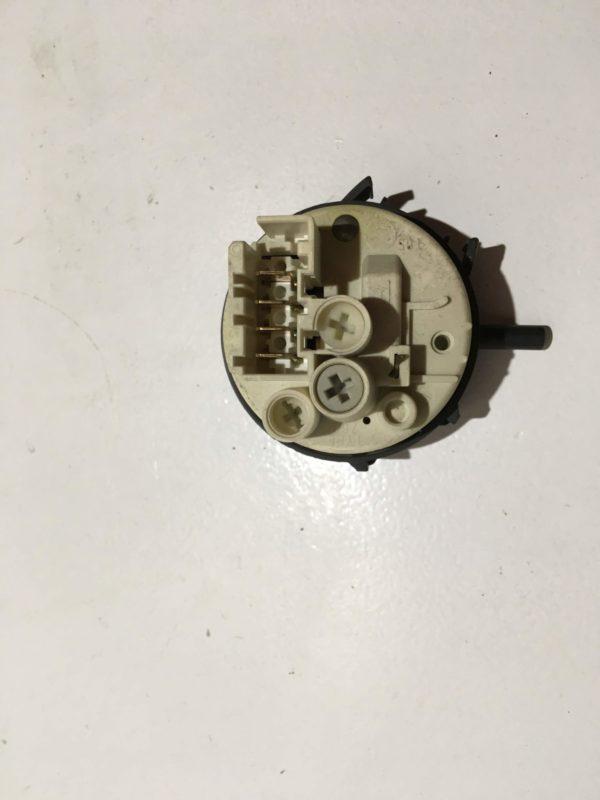 Прессостат для стиральной машины Blomberg WAT1300X