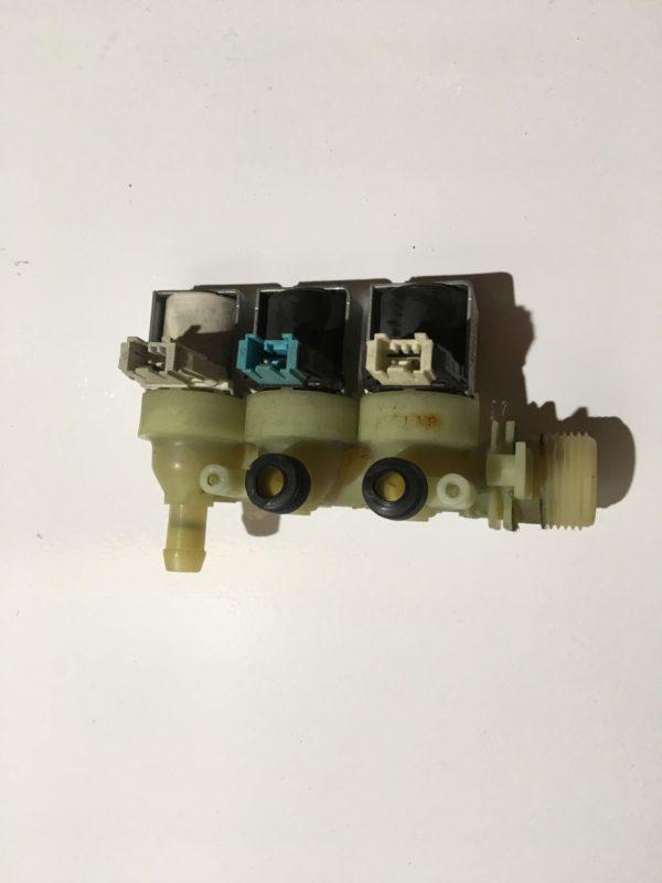 Заливной клапан для стиральной машины Indesit PWDF7125