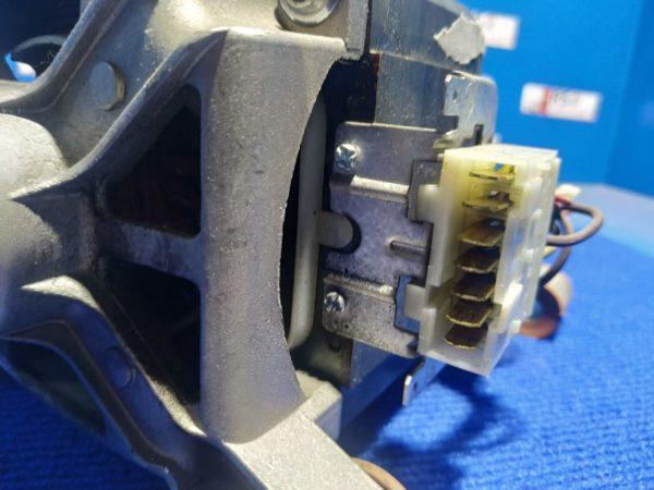 Двигатель (мотор) Б/У для стиральной машины Gorenje Wa63102 арт.MCa61/64-148/XT7 587543