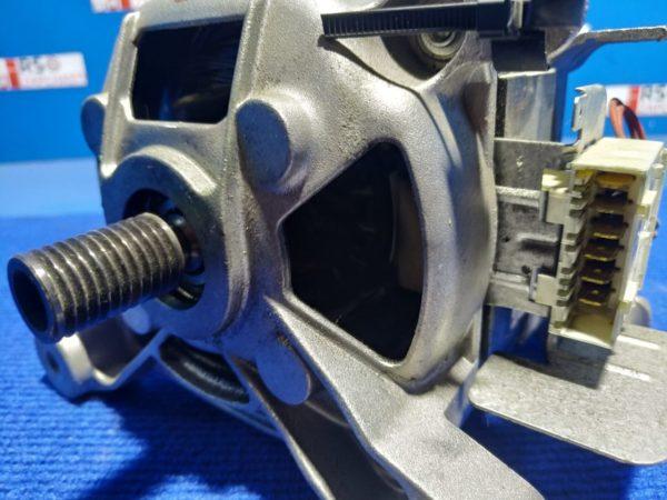 Двигатель (мотор) Б/У для стиральной машины Whirlpool арт.MCA38/64-148/WHE21 C00311386