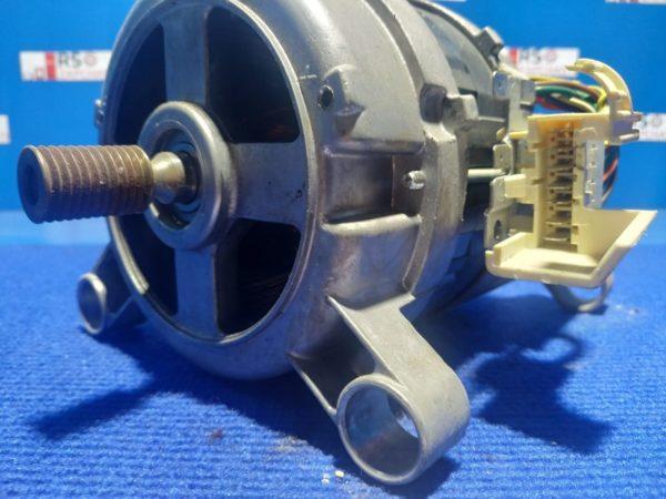 Двигатель (мотор) Б/У для стиральной машины Electrolux EWF1274EDU 1552365007
