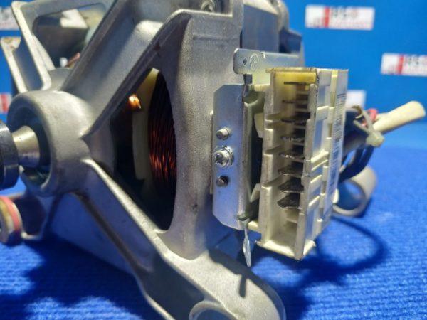 Двигатель (мотор) Б/У для стиральной машины Samsung S843 DC31-00002B