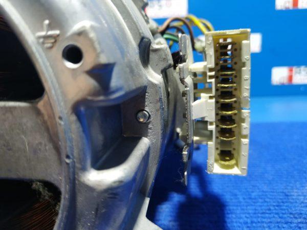Двигатель (мотор) Б/У для стиральной машины Zanussi ZWS2121 4055125811