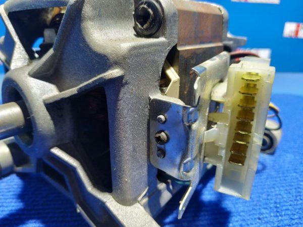 Двигатель (мотор) Б/У для стиральной машины Ardo A814 512011506