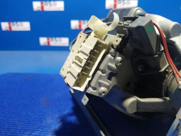 Двигатель (мотор) Б/У для стиральной машины Brandt BWT6008 арт.MCA38/64-148/TH18