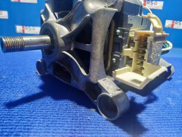 Двигатель (мотор) Б/У для стиральной машины Zanussi ZWQ260 1323057305